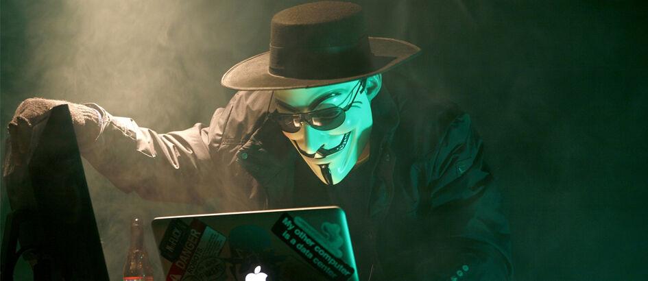 Kasih Dukungan Untuk Ahok, Hacker Retas Banyak Situs Pemerintahan Indonesia!