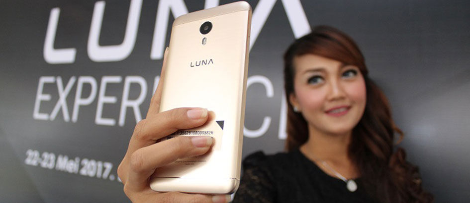 Android Rasa iPhone, Luna V Gold Harganya Cuma 3 Jutaan!
