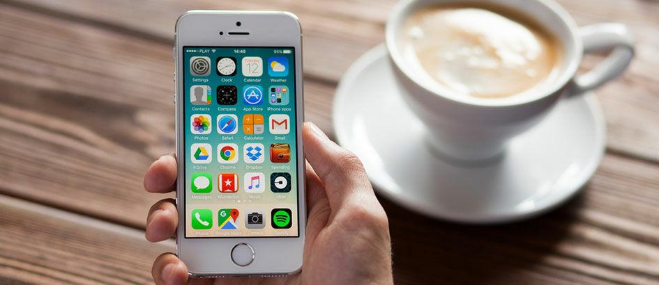 Apple iPhone SE Menjadi Smartphone yang Paling Memuaskan Penggunanya