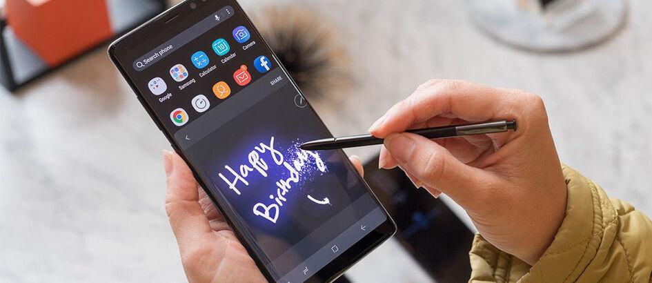 Tidak Kreatif! Samsung Tiru Fitur Face ID Milik iPhone X