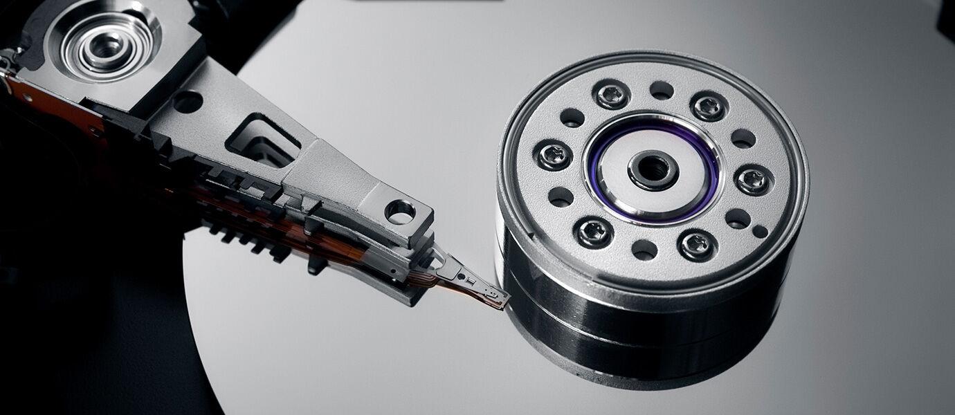 Harddisk, SSD, dan Flashdisk. Manakah yang Paling Awet Dalam Menyimpan Data Kamu?