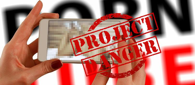 STOP! Ini 5 Bahaya Nonton Film Bokep di Android