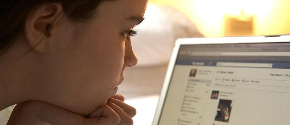 Cara Ampuh Mencari Tahu Siapa yang Melihat Profil Facebook