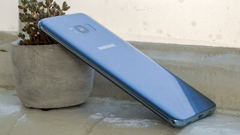 5 Alasan Mengapa Kamu TIDAK PERLU Membeli Samsung Galaxy S8