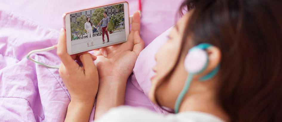 Cara Lengkap Download Film Gratis di Smartphone Android