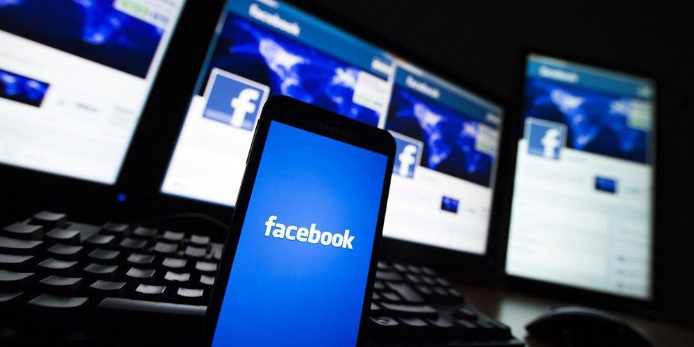 10 Fakta Mengerikan dari Media Sosial Facebook