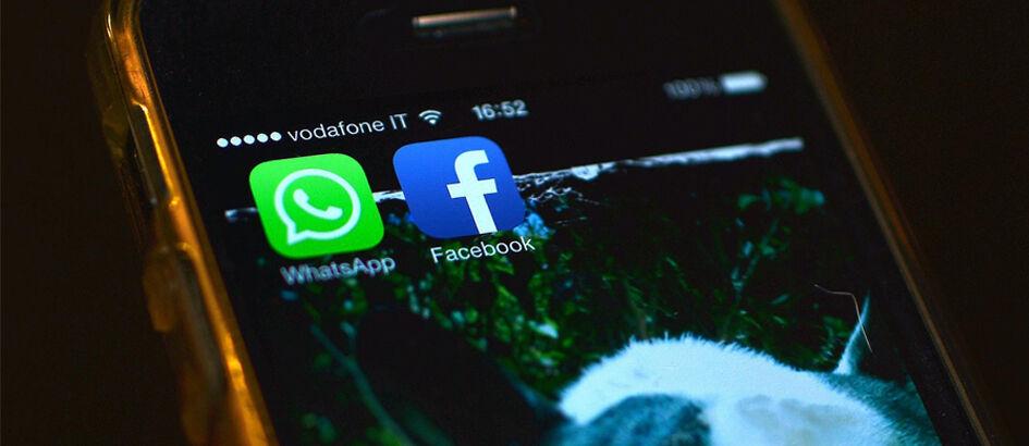 Cara Membaca Pesan WhatsApp dan Facebook Secara Rahasia