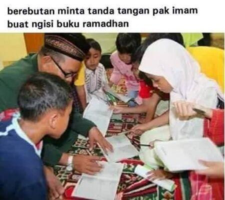Meme Bulan Ramadhan 12