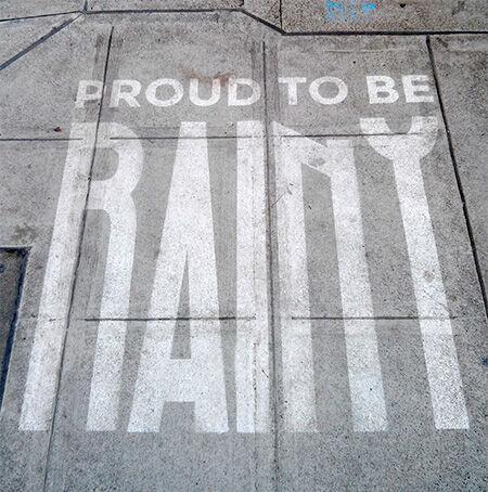 Inilah Karya Seni Yang Hanya Bisa Dilihat Saat Hujan Turun 1