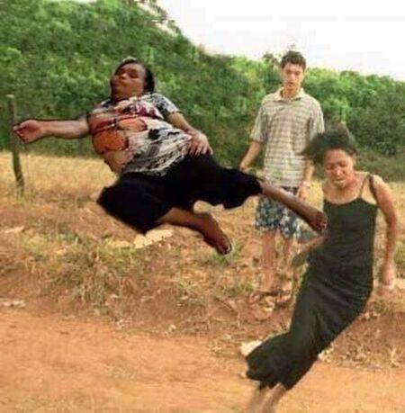 Ibu Ibu Jadi Editan Photoshop 6