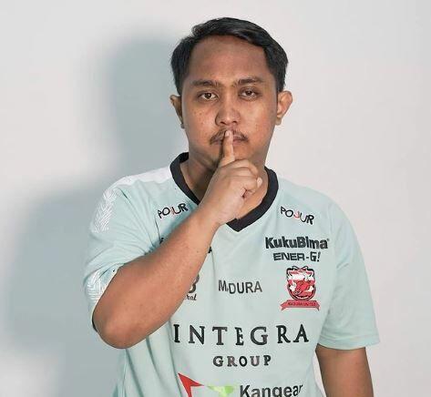 Elga Cahya Putra B0873
