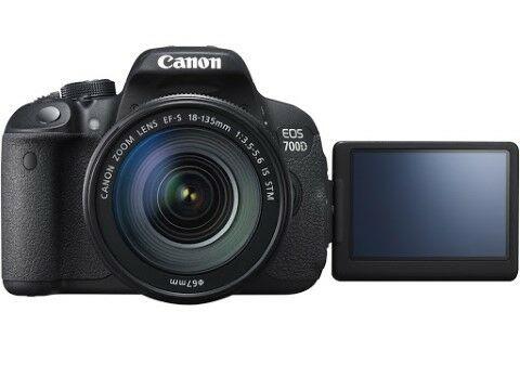 Canon EOS 700D Review Cf765