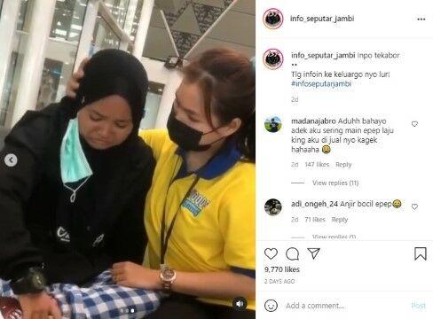 Gadis Jambi Terlantar Di Bandara E7723