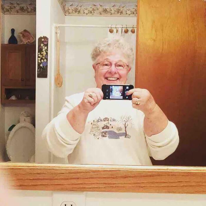 foto-orang-tua-baru-tau-teknologi-6