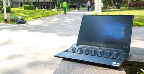 Gigabyte Aero 15x Laptop Gaming Slim Spek Dewa 1