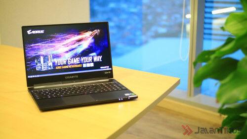 Gigabyte Aero Series Laptop Gaming Tipis 5 Wm