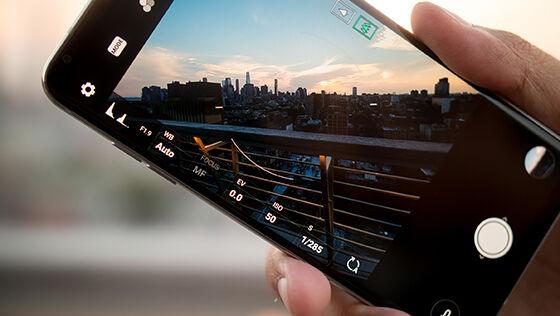 LG V30, Smartphone Multimedia Terbaik