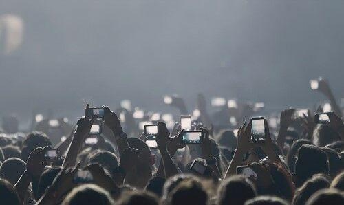 Memilih Smartphone Untuk Hangout Malam 4