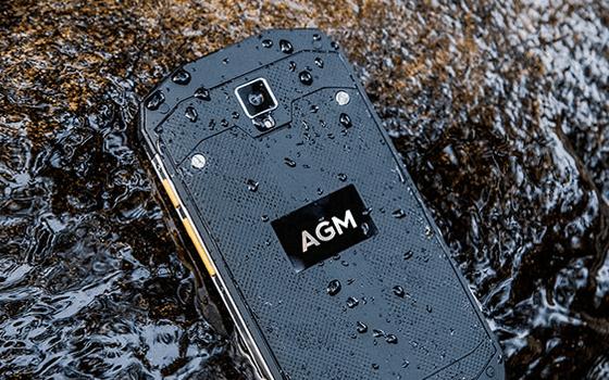 7 Handphone Outdoor Murah Rp 2 Jutaan Cocok Buat Aktivitas Ekstrem