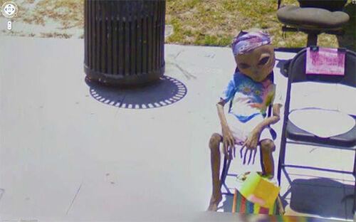 10 Peristiwa Teraneh Yang Tertangkap Google Street View2