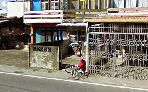 10 Peristiwa Teraneh Yang Tertangkap Google Street View5