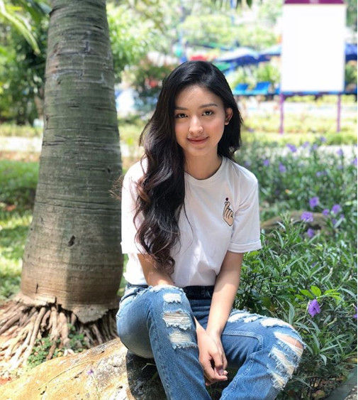 Foto Wanita Cantik Indo 5 D2796