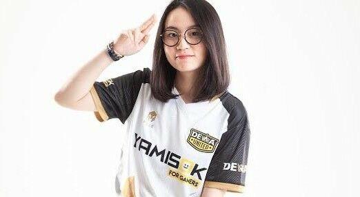 Cecilia Lim 027a5