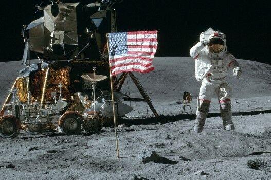 Apollo 10 Custom 75686