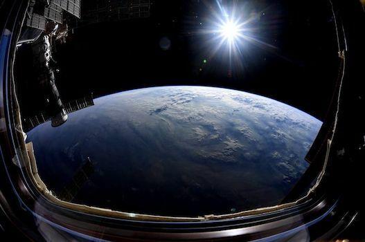 Kecepatan Rotasi Bumi F24ac