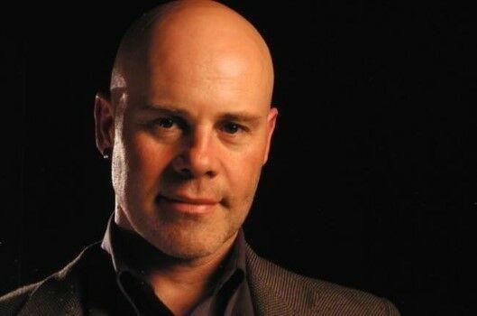 Thomas Dolby Artis Yang Percaya Teori Bumi Datar Fc515