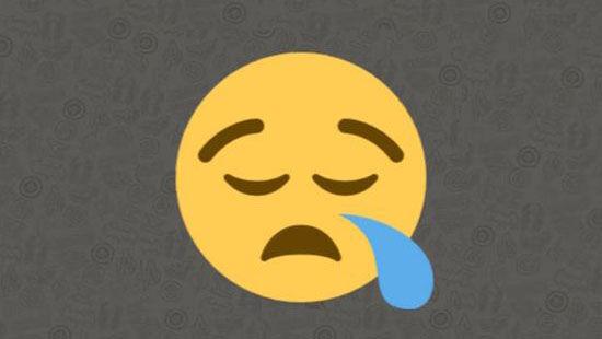 Emoji mata merem hidung meler