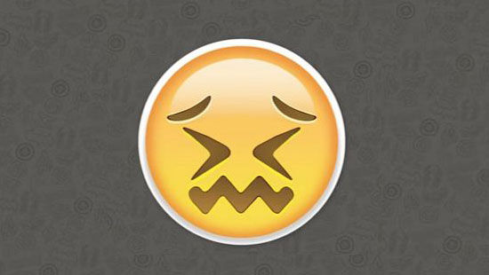 Emoji mata tertutup dan bibir keriting