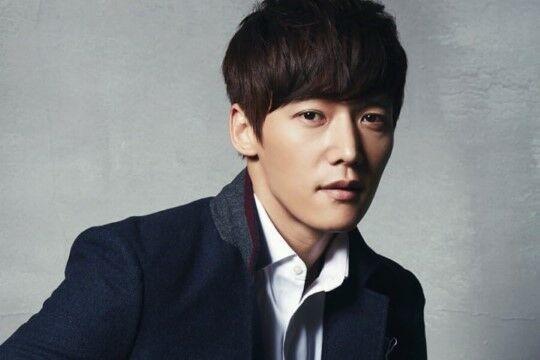 Choi Jin Hyuk 8b79c