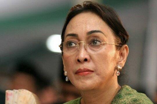 Sukmawati Soekarnoputri Ef279
