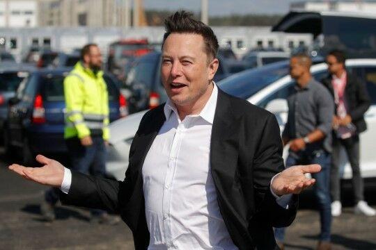 Elon Musk 0f225
