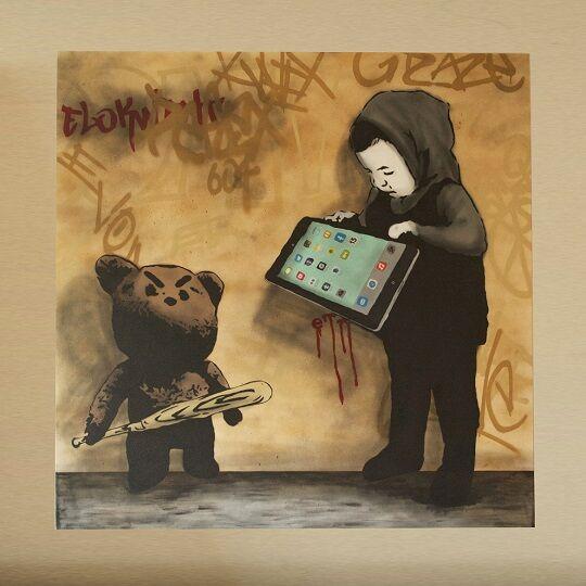 Graffiti Sindir Pengguna Internet 16