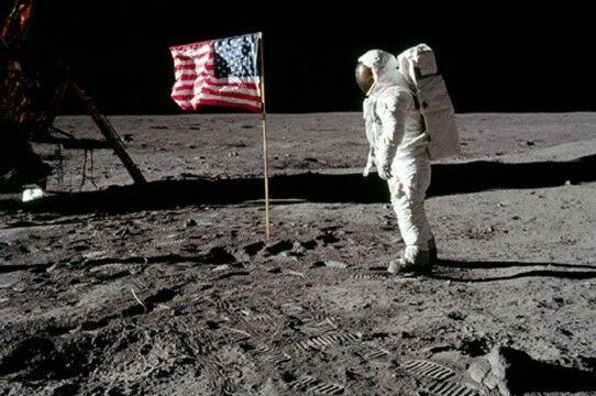 Pendaratan Di Bulan 1bedb