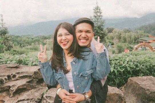 Artis Indonesia Puasa Sebagai Suami Istri Perdana C8638