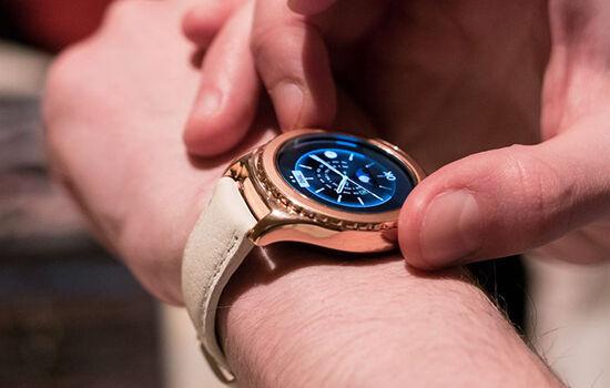 Smartwatch Rose Gold 3