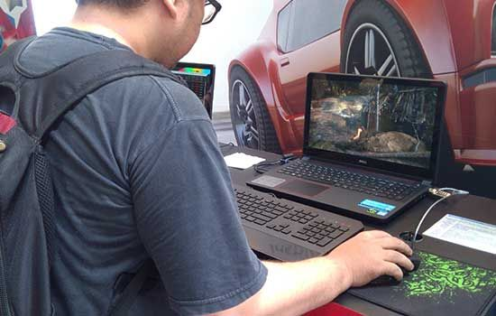 Laptop Gaming Dell Inspiron 15 8