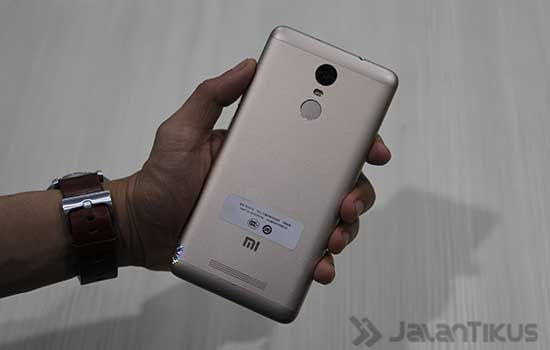 Smartphone Review Xiaomi Redmi Note 3: Review Xiaomi Redmi Note 3 Pro: Harga 2 Jutaan, Baterai