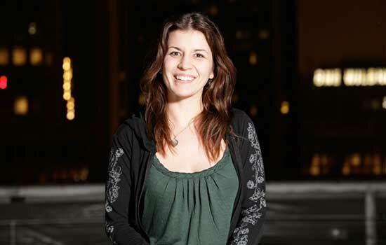 Gamer Wanita Dengan Penghasilan Ratusan Juta Katherine Gunn