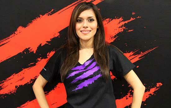 Gamer Wanita Dengan Penghasilan Ratusan Juta Vanessa Arteaga