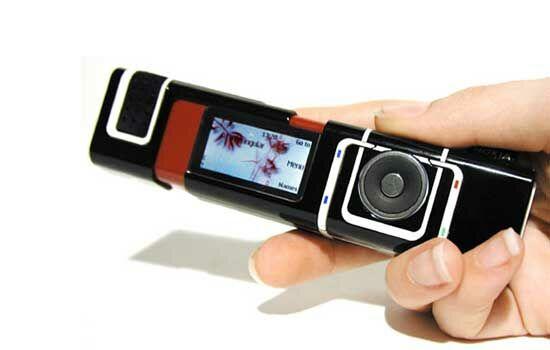 Handphone Dengan Desain Unik 14