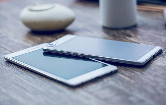 Tips Membeli Smartphone Cewek