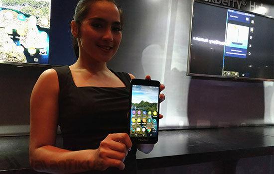 Kelebihan Blackberry Aurora
