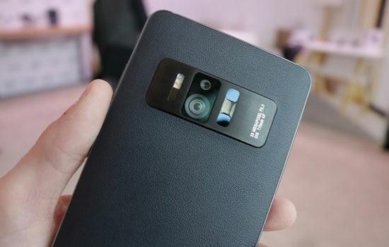 Smartphone Dengan 4 Kamera