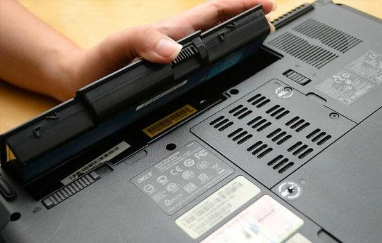 Laptop Kena Air 2