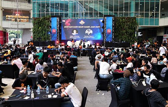 Talkshow Shopee Free Fire Cup Booyah Dari Main Game Jadi Duit 703c6