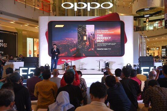 Target Penjualan Oppo F5 2